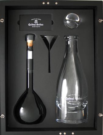 Brandy Cardenal Mendoza »Non Plus Ultra« - 0,5 L.